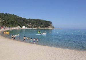 Leuke camping aan het strand van de Costa Brava