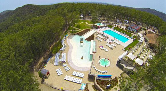 Camping Toscane met groot zwembad