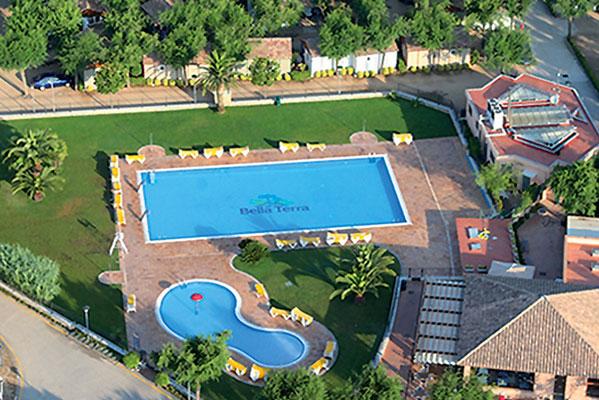 Vakantiepark aan de Costa Brava met tieners