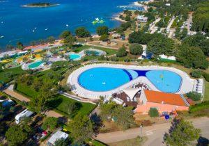 Top camping met meerdere zwembaden aan zee in Kroatië