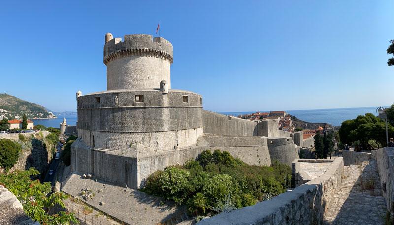 Eilandhoppen Kroatië Dubrovnik stadsmuur