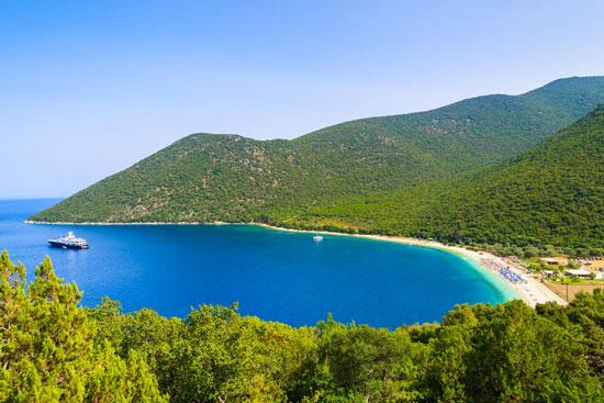 De stranden van Griekenland: bijkomen tijdens de familierondreis