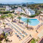 Uitstekende strandvakantie voor tieners op Ibiza