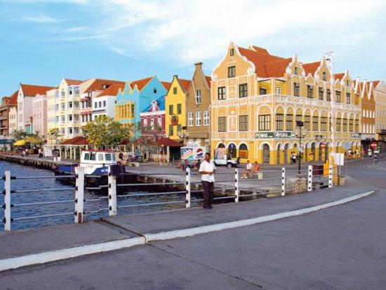 Hotel Curacao met tieners
