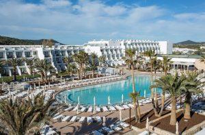 Hotel met animatieteam Ibiza