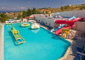 Hotel met enorm zwemparadijs in het uitgaansgebied van Kos