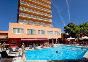 Hotel op Mallorca in het bruisende El Arenal op loopafstand van het strand
