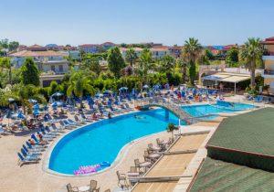 Hotel direct aan de Strip en dichtbij het zandstrand van Laganas