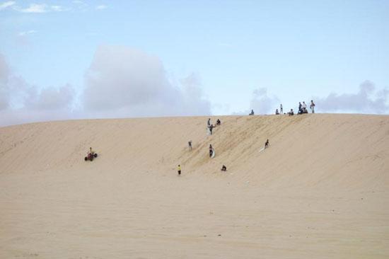 Zand op de duinen van Mui Ne tijdens je jongeren rondreis in Vietnam