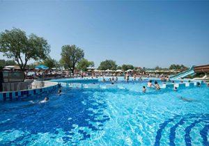 Levendige camping aan de Adriatische Kust met aquapark