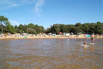 Camping in Frankrijk met zwemresort met tieners