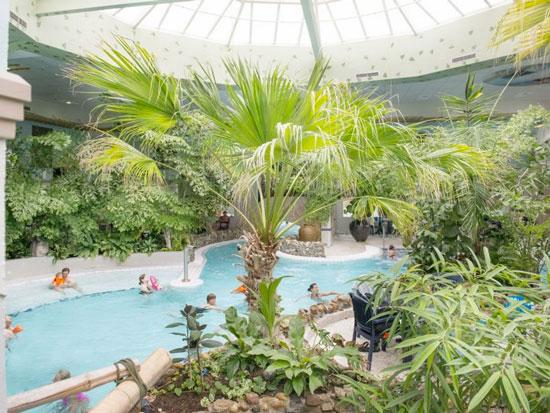 Aquapark Splash Port Zelande met tieners