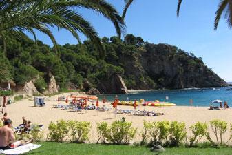 Camping aan het strand in Spanje met jeugd