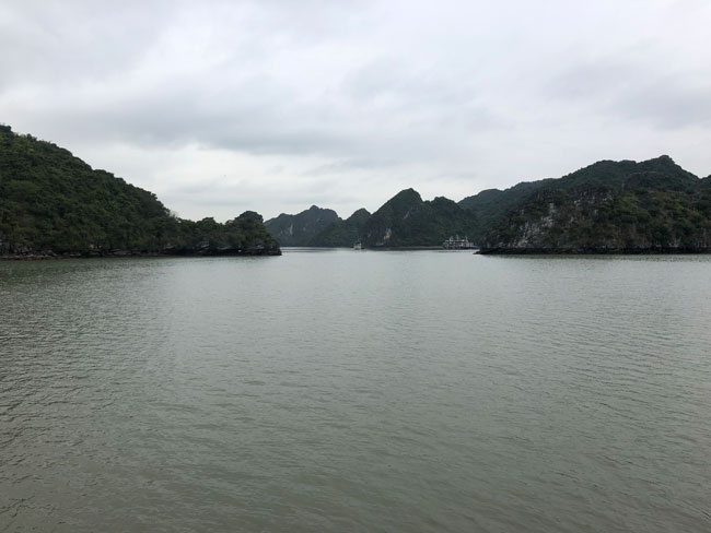 Ha Long Bay met tieners