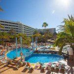 Zonnig hotel met verkoelende zwembaden op Gran Canaria