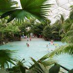 Levendig bungalowpark in de Loirestreek met groot zwembad