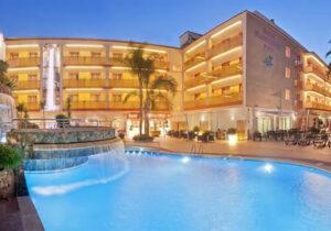 Geniet van je vakantie met vrienden aan de Costa Brava