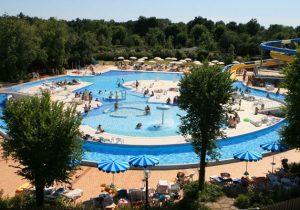Compleet vakantiedorpje aan de Adriatische kust met zwemparadijs