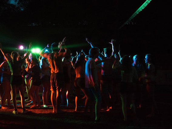 Gezellig vakantiekamp in Spanje voor tieners