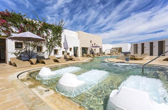All-inclusive resort Ibiza met tieners