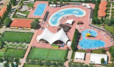 Gave camping aan Adriatische Kust met zwemresort