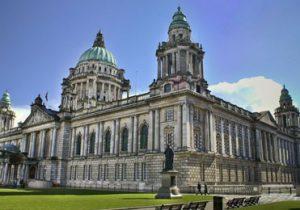 Beleef een leuke stedentrip in de bruisende stad Belfast