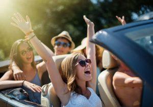 Met de auto van je ouders op vakantie: hoe zit het met de autoverzekering?