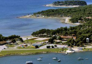 Aan waterplezier geen gebrek op camping bij schiereiland in Kroatië