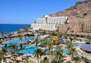 Groot zwemparadijs bij mooi hotel in Gran Canaria