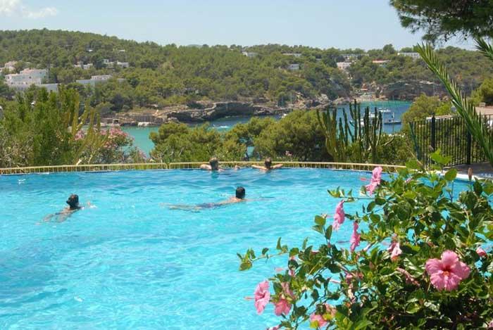 Leuke appartement voor jongeren op Ibiza. Voor de leukste vakanties!