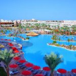 Zeer groot 5-sterrenhotel in Egypte