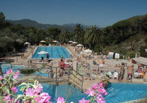Zonnige camping op het Italiaanse eiland Elba met mooi aquapark