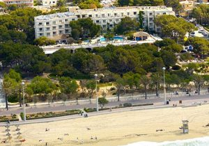 Leuke strandvakantie in levendige omgeving in Mallorca