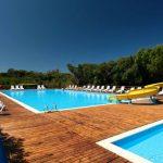 Mooi camping in Sardinië tegen het strand aan