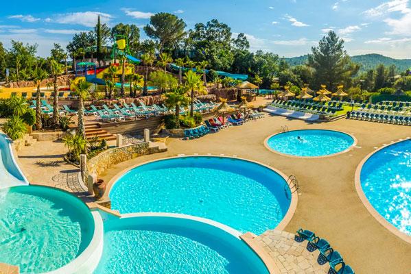 Vakantiepark aan de Côte d'Azur met tieners