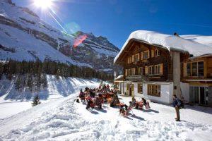 Wintersporten in Berner Oberland met tieners